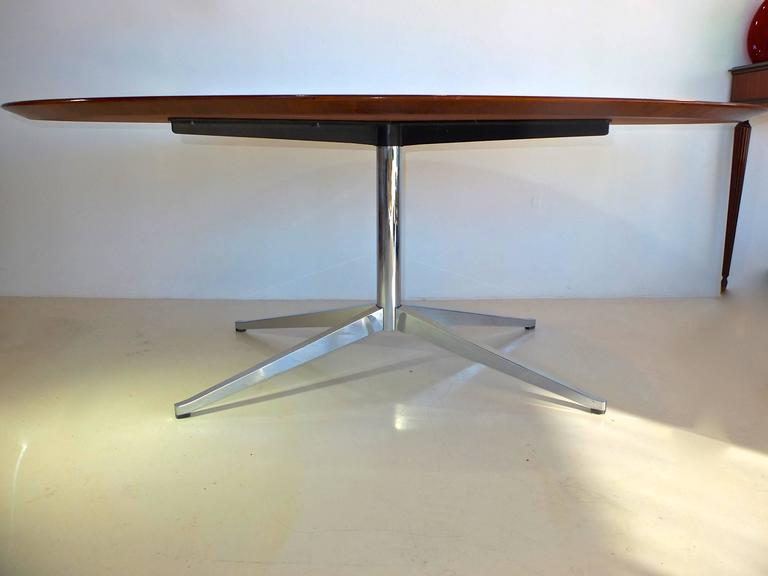 Merveilleux Brazilian Rosewood Elliptical Oval Executive Table Desk By Florence Knoll