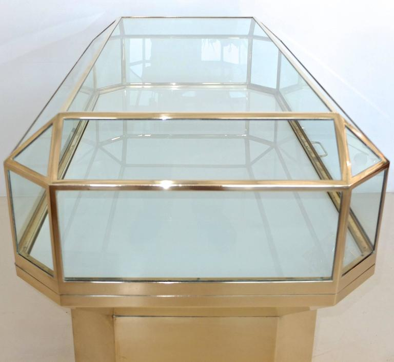 Late 20th Century Pair of Solid Brass and Glass Geometric Display Cases For Sale