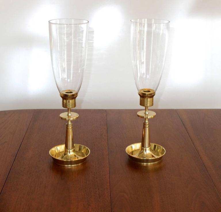 Pair of Tommi Parzinger for Dorlyn Brass Hurricane Candle Lamps 3