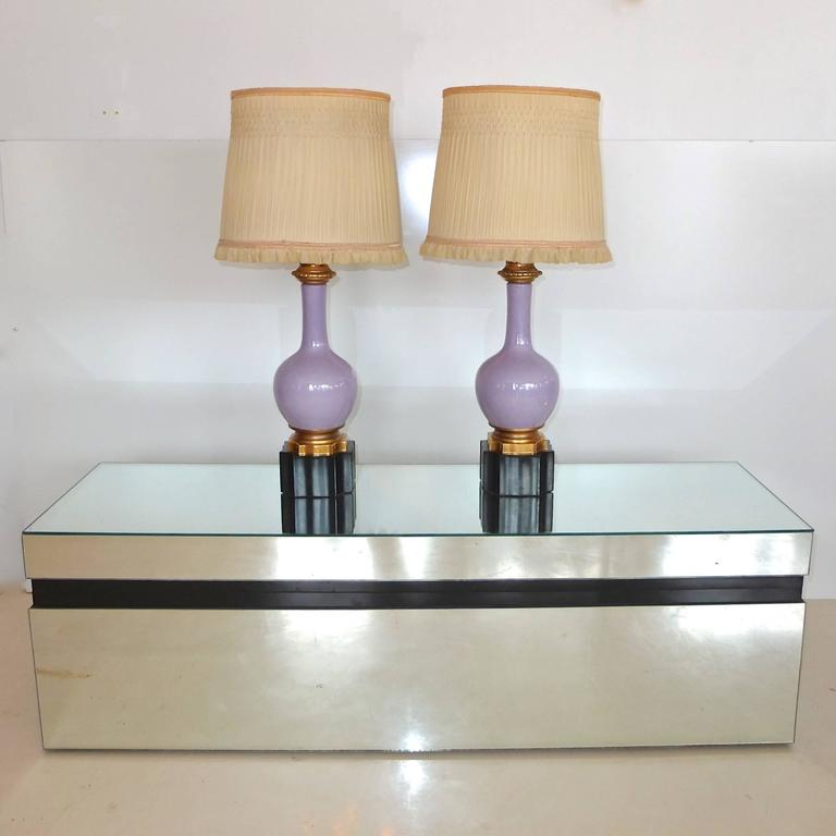 Pair of French Lilac and Gilt Porcelain Lamps For Sale 5