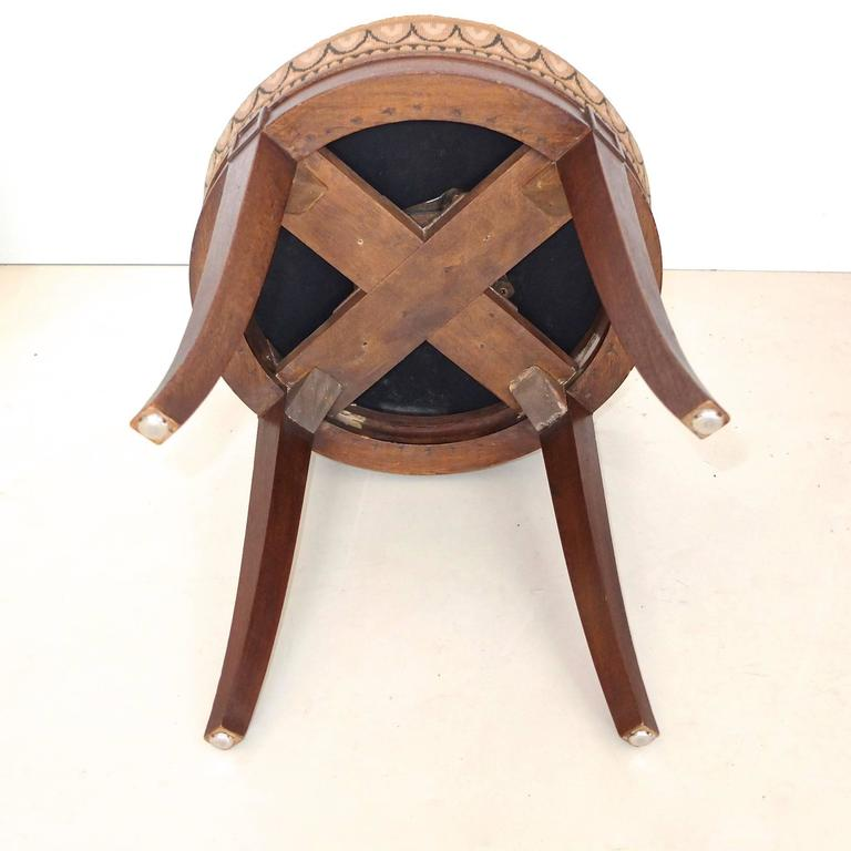 1960s Swivel Vanity Stool In Pegasus Needlepoint At 1stdibs