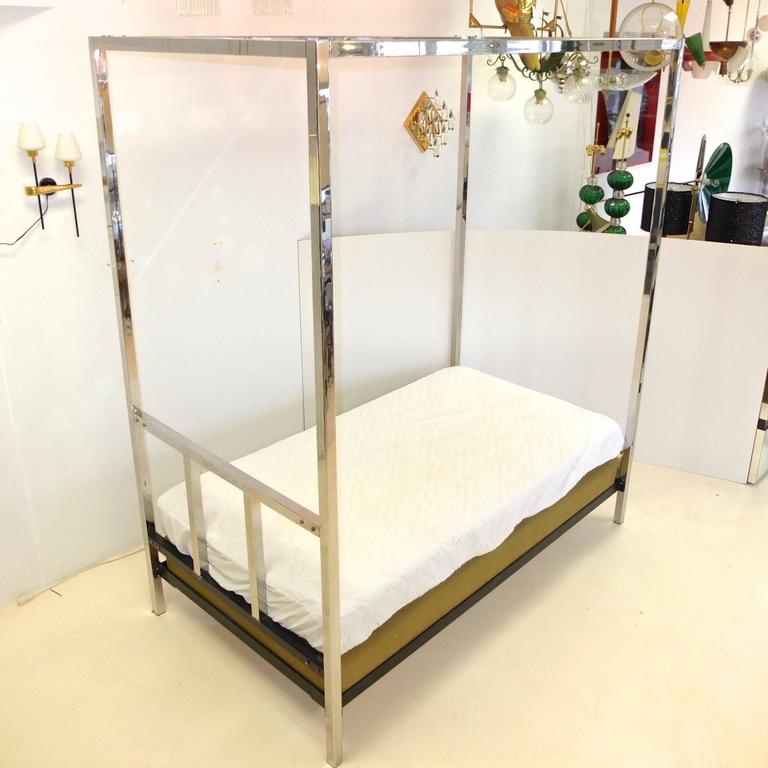 Polished Pace Collection Chrome Four Poster Canopy Single Twin Bed For Sale