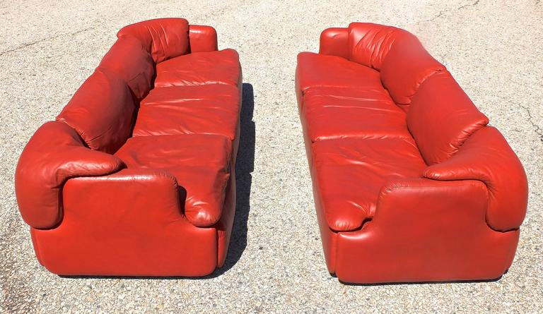 "Pair of ""Confidential"" Leather Sofas by Alberto Rosselli for Saporiti 4"