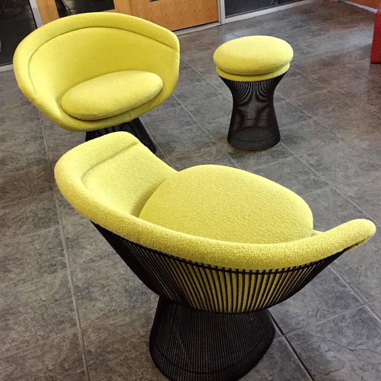 Mid-Century Modern Warren Platner Bronze Lounge Chairs and Stool in Classic Boucle Chartreuse, Pair For Sale