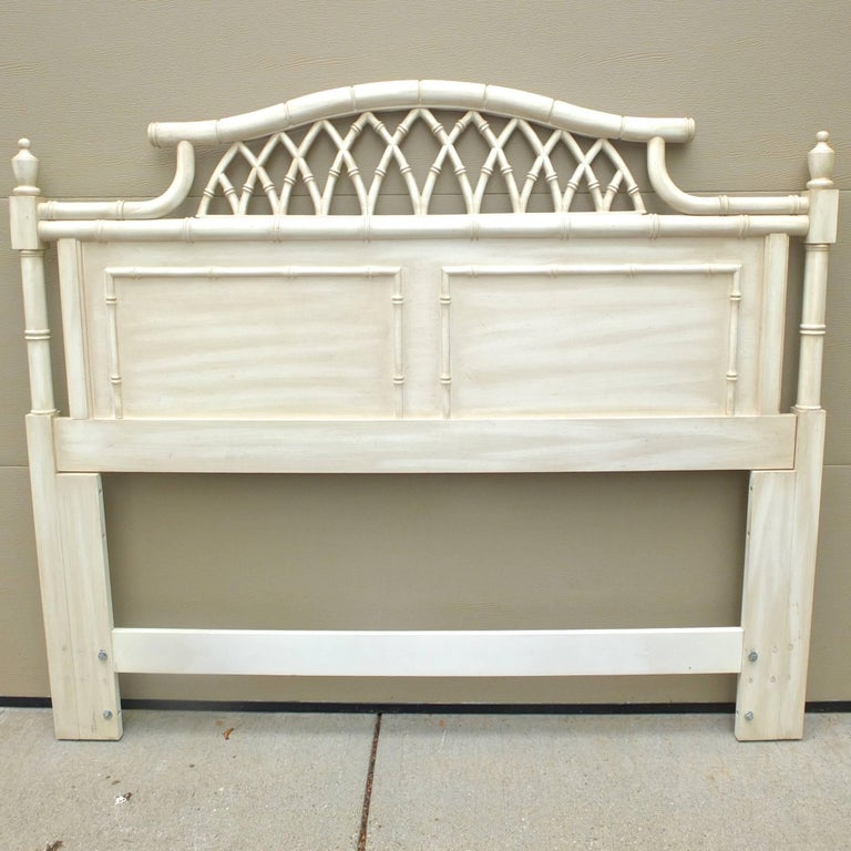Faux Bamboo Queen Five-Piece Bedroom Set by Thomasville Allegro In Excellent Condition For Sale In Hingham, MA