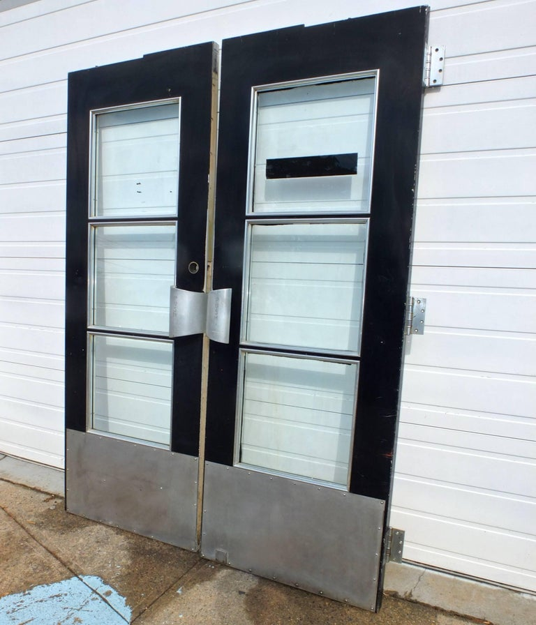 Pair of Doors from S.S. United States Ocean Liner, 1952 In Good Condition For Sale In Hingham, MA
