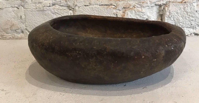Early 20th Century Hand-Carved Brazilian Soap Stone Bowl In Excellent Condition For Sale In Chicago, IL