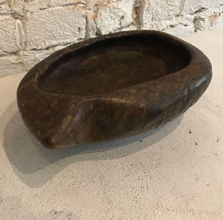 Early 20th Century Hand-Carved Brazilian Soap Stone Bowl For Sale 5