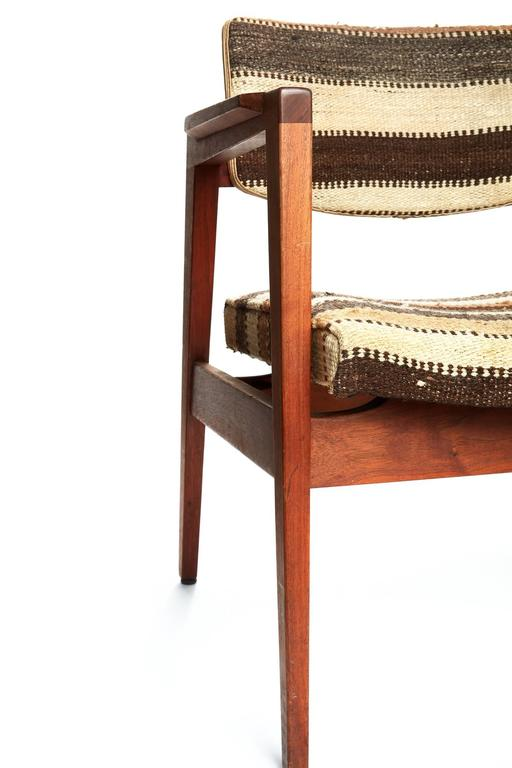 Pair of Mid-20th Century Danish Armchairs For Sale 3