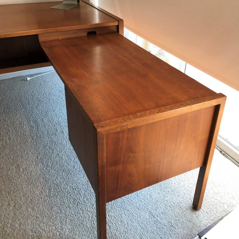 Carved Mid-Century Modern Desk with a Side Extension by Jens Risom For Sale