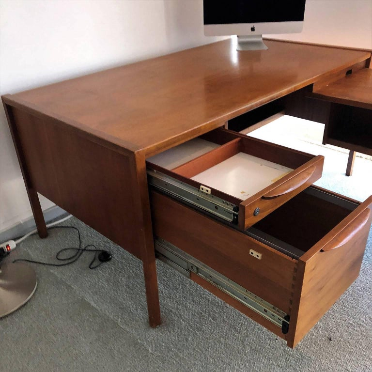 Mid-20th Century Mid-Century Modern Desk with a Side Extension by Jens Risom For Sale