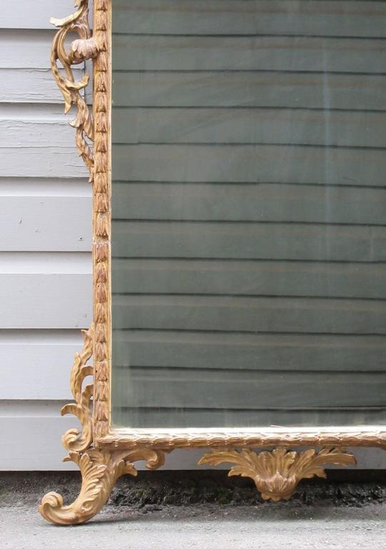 18th Century Italian Venetian Rococo Giltwood Mirror with Chinoiserie Details For Sale 1