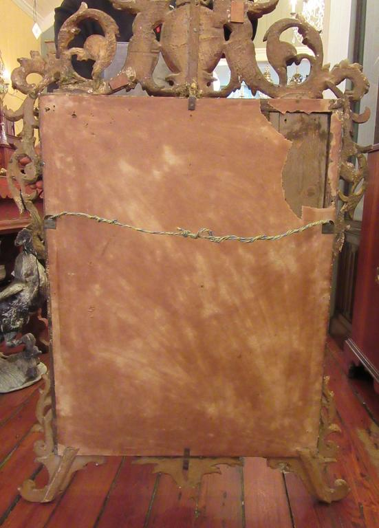 18th Century Italian Venetian Rococo Giltwood Mirror with Chinoiserie Details For Sale 2