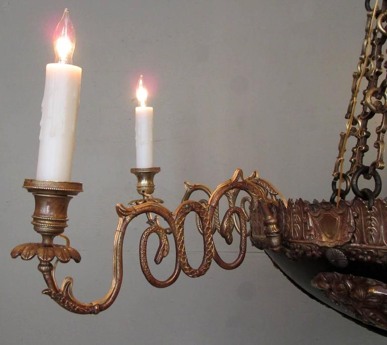 18th Century Italian Neoclassical Patinated Bronze Chandelier For Sale 2
