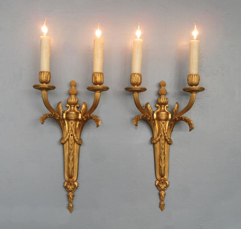 Pair of Mid-19th Century French Louis XVI Bronze Dore Sconces 6
