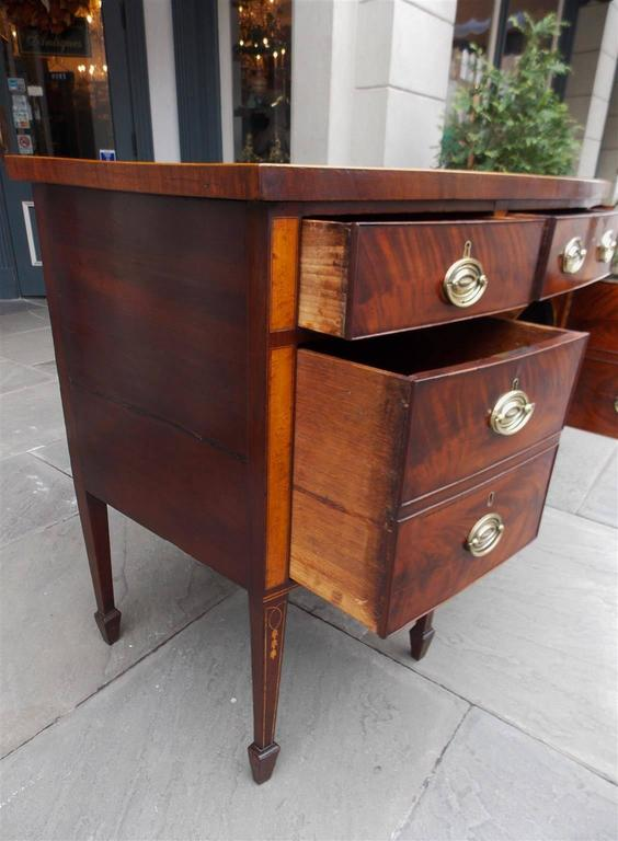 English Hepplewhite Mahogany Bow Front Inlaid Sideboard, Circa 1780 In Excellent Condition For Sale In Charleston, SC