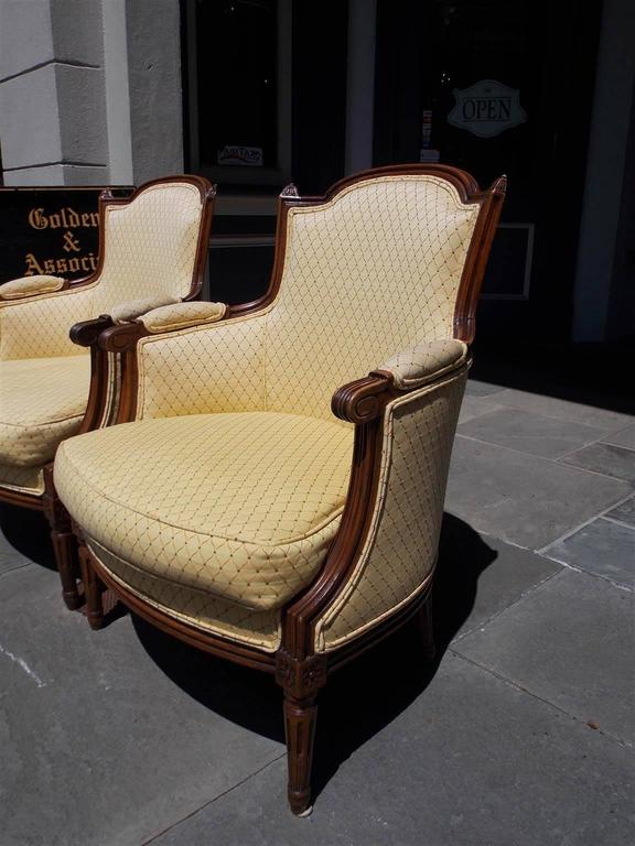Neoclassical Pair of Italian Walnut Bergere Upholstered Armchairs, Circa 1780 For Sale