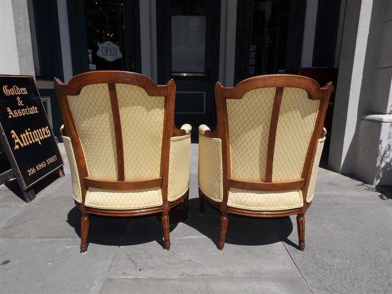 Pair of Italian Walnut Bergere Upholstered Armchairs, Circa 1780 For Sale 2