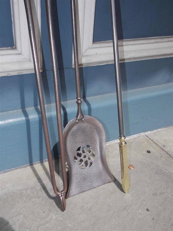 Set of Three English Polished Steel and Brass Fire Place Tools, Circa 1800 In Excellent Condition For Sale In Charleston, SC