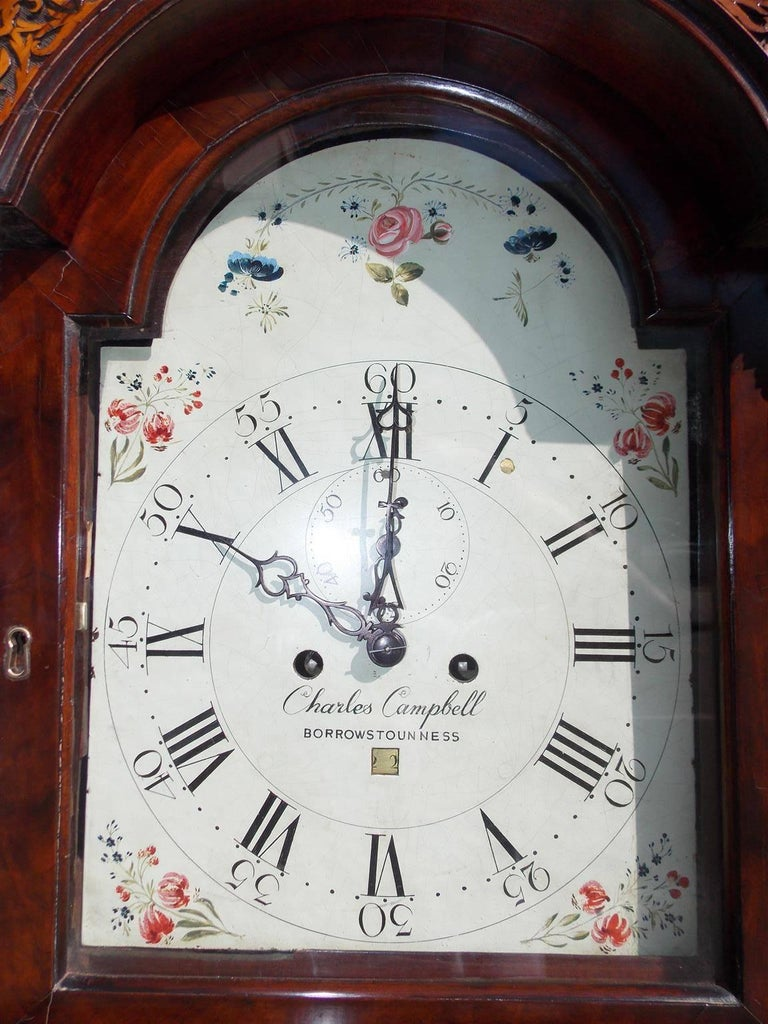 Scottish Mahogany Swan Neck Satinwood Patera Inlaid Tall Case Clock, Circa 1780 In Excellent Condition For Sale In Charleston, SC
