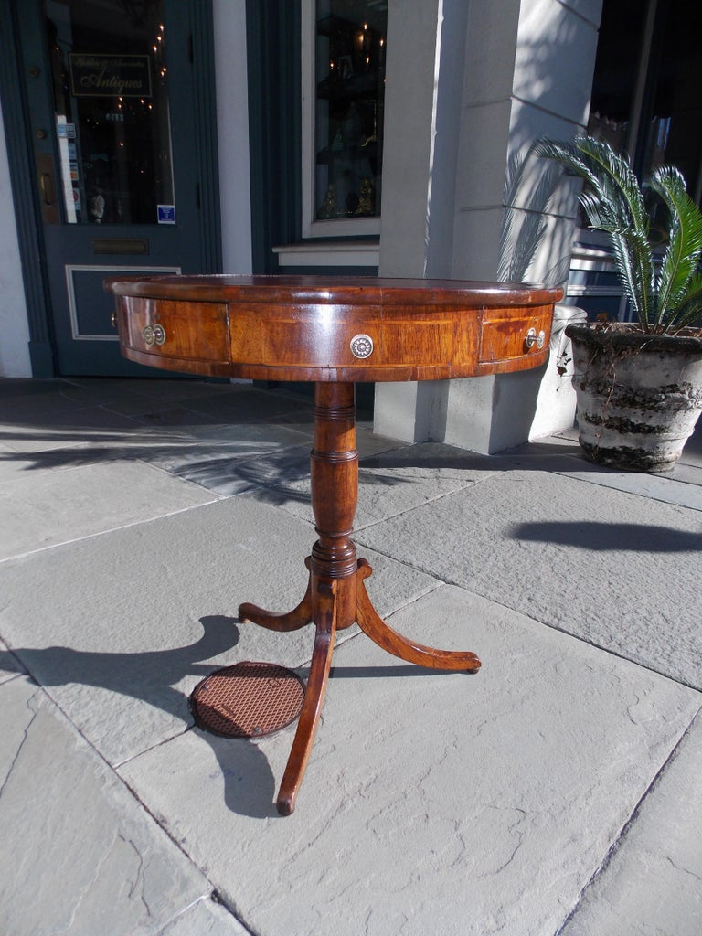 English Regency Mahogany Circular Leather Top Inlaid Drum Table, Circa 1815 In Excellent Condition For Sale In Charleston, SC