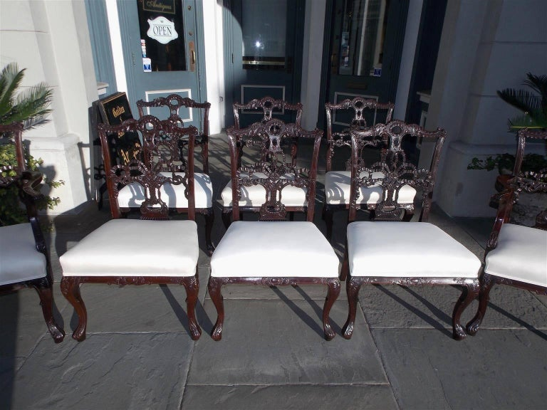 Set of Eight English Chippendale Mahogany Dining Room Chairs, Circa 1760 In Excellent Condition For Sale In Charleston, SC
