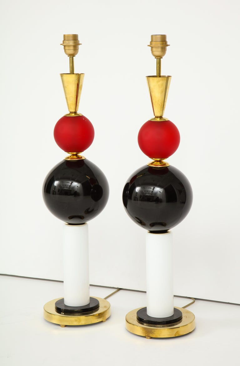 Italian Unique Pair of Tall Red, White and Black Murano Glass and Brass Lamps, Italy For Sale