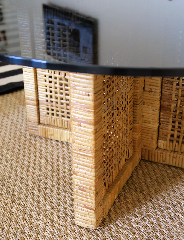 Mid-Century Modern Woven Bamboo/Rattan Round Coffee Table, Smoked Glass Top, Italy, 1960s For Sale