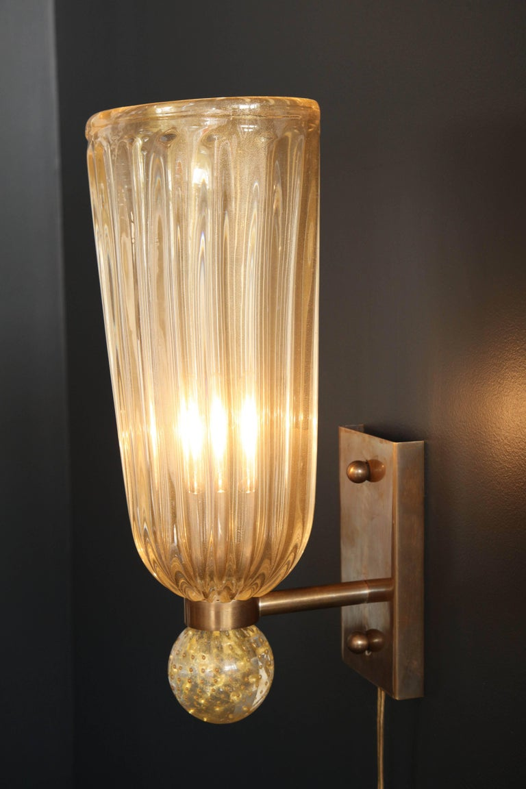 Pair of Italian Gold Infused Murano Glass and Brass Sconces For Sale 4