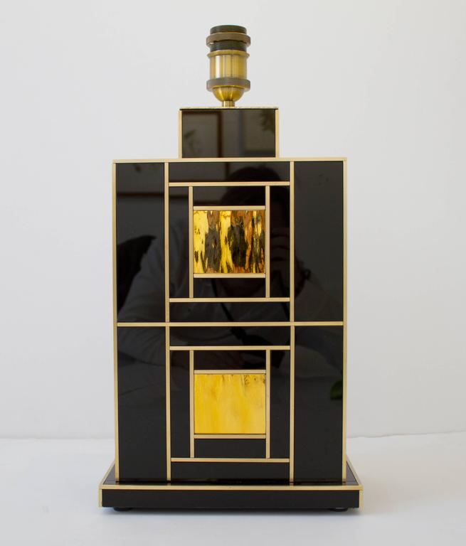 One of a Kind Signed Pair of Black and Gold Glass with Brass Inlays Lamps For Sale 3