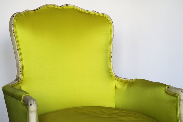 Pair of 19th Century Louis XV French Bergeres Chairs in Chartreuse Silk Fabric For Sale 2