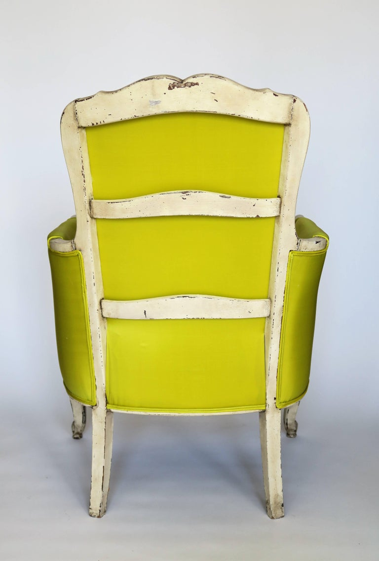 Pair of 19th Century Louis XV French Bergeres Chairs in Chartreuse Silk Fabric For Sale 7