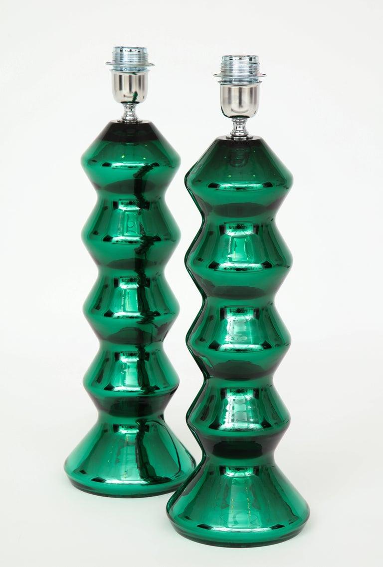 Contemporary Rare Pair of Italian Emerald Green Mirrored Murano Glass Lamps For Sale