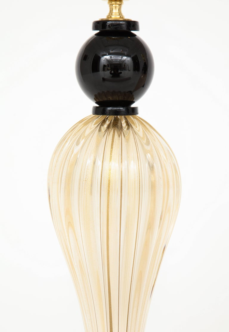 Mid-Century Modern Pair of Tall Italian Gold and Black Murano Glass Lamps, Signed For Sale