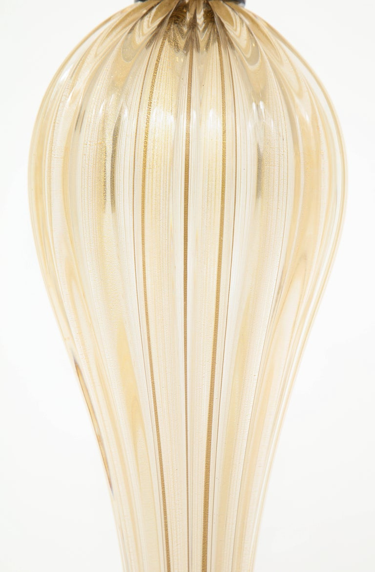 Hand-Crafted Pair of Tall Italian Gold and Black Murano Glass Lamps, Signed For Sale