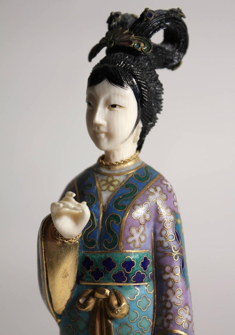 Antique Chinese Cloisonne Enameled Carved Guanyin Quan Yin Sculpture Figurine For Sale 6