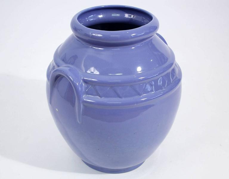 Arts & Crafts Large Alamo Pottery Garden Oil Jar Urn Jardiniere In Excellent Condition For Sale In San Diego, CA