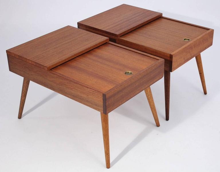 Early Brown Saltman end tables designed by John Keal, circa 1950s. Made of beautiful mahogany wood. Top drawer slides for storage. Wood is completely restored to original condition.