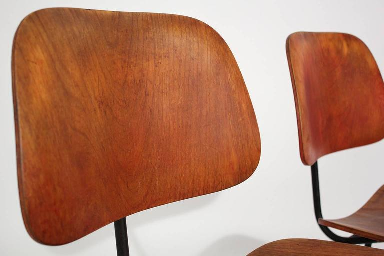 Early Charles Eames Herman Miller Aniline Red DCM Dining Chairs, Pair For Sale 3