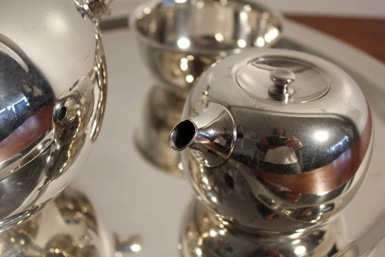 Modernist Sculptural Vivianna Torun for Dansk Silver Plate Tea Set with Tray For Sale 3