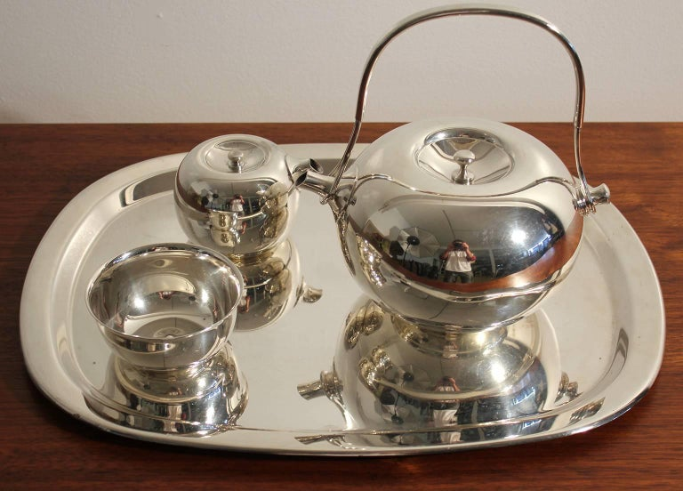 Modernist Sculptural Vivianna Torun for Dansk Silver Plate Tea Set with Tray For Sale 6