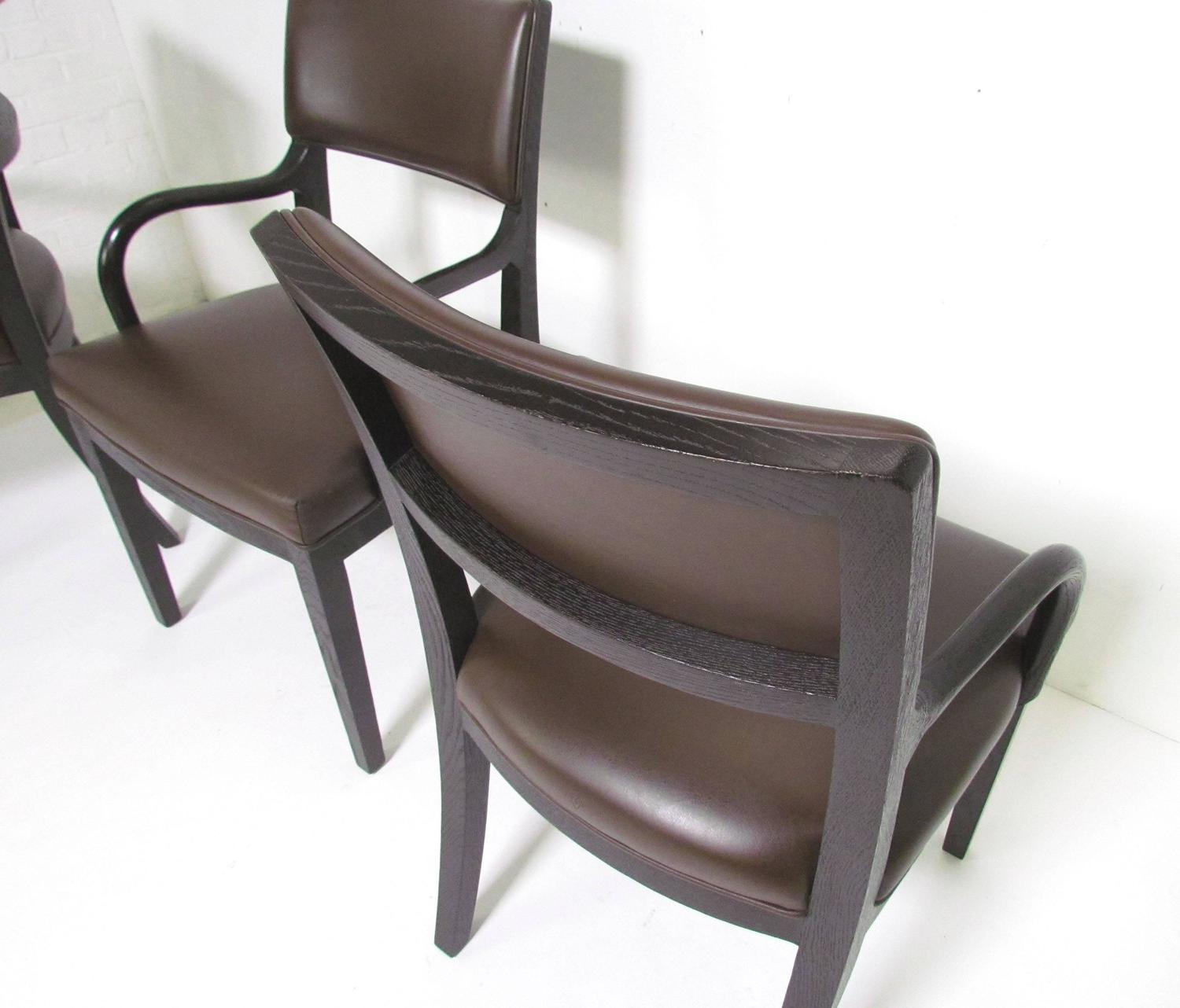 Set of eight leather dining chairs by antonio citterio for for B b italia dining room chairs