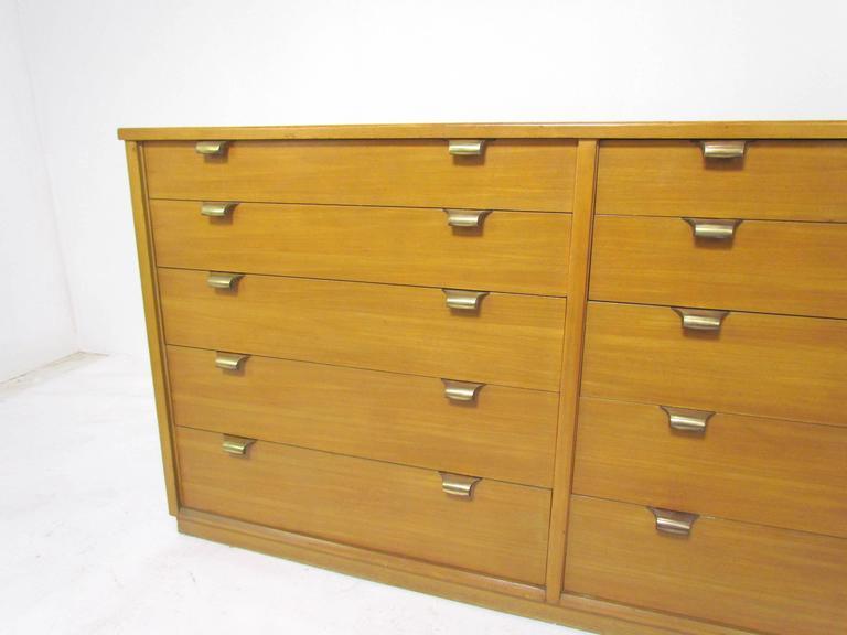 Dresser In Glazed Elm By Edward Wormley For Drexel Precedent D 1949 At 1stdibs