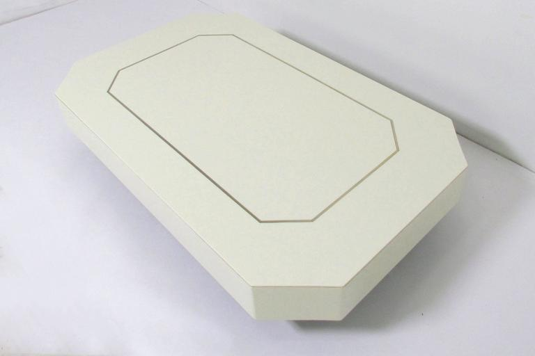 Mid-Century Modern Low Floating Coffee Table in Acrylic with Brass Trim, circa 1970s For Sale