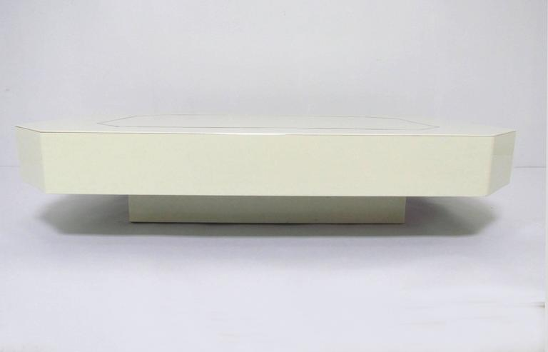 Low Floating Coffee Table in Acrylic with Brass Trim, circa 1970s In Good Condition For Sale In Peabody, MA
