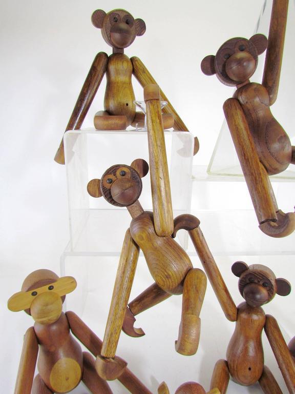 Mid-Century Modern Grouping of Teak Monkey Toys 7