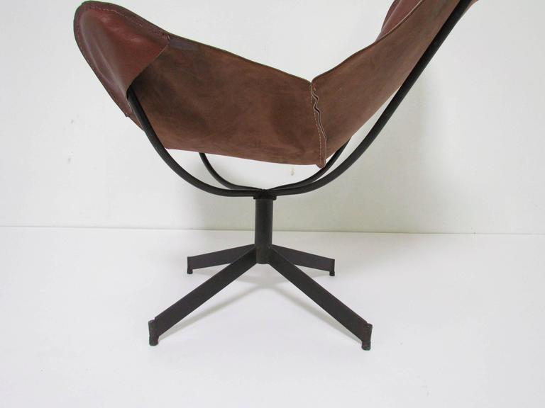 Steel Swivel Leather Sling Lounge Chair by Leathercrafter, New York, circa 1960s For Sale