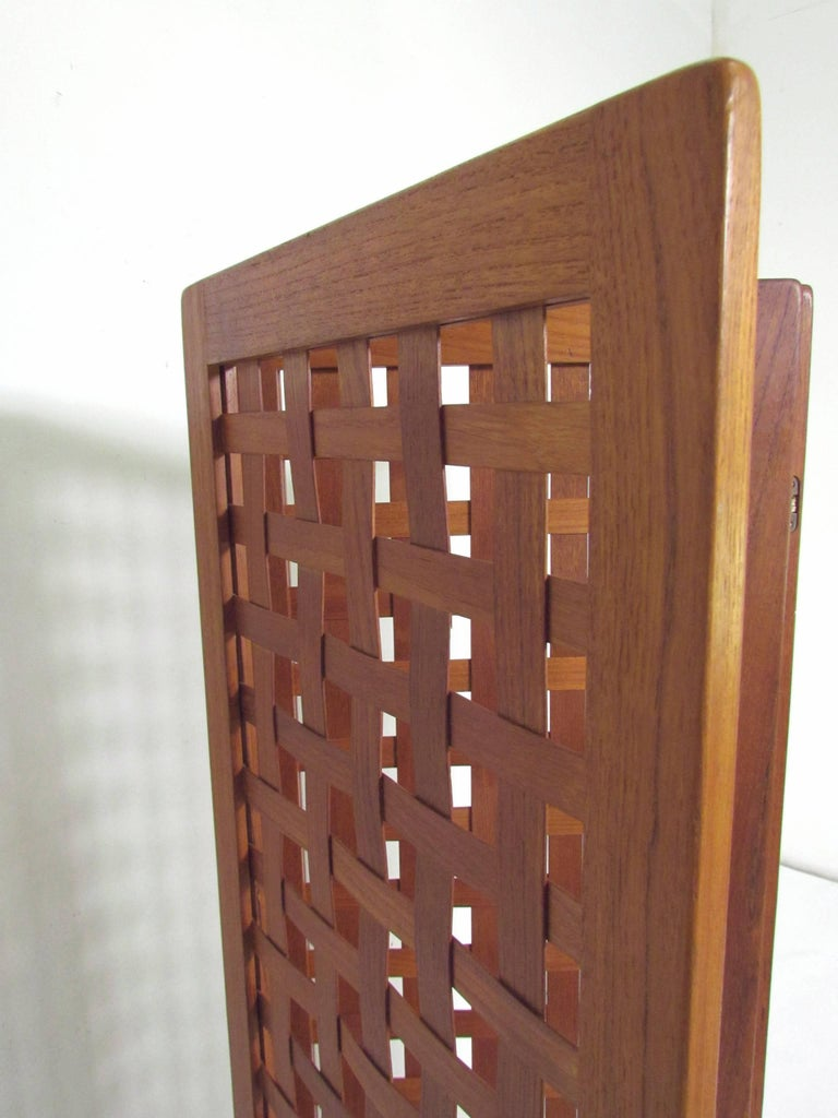Mid-Century Modern Danish Modern Teak Three-Panel Room Divider Screen, circa 1970s For Sale
