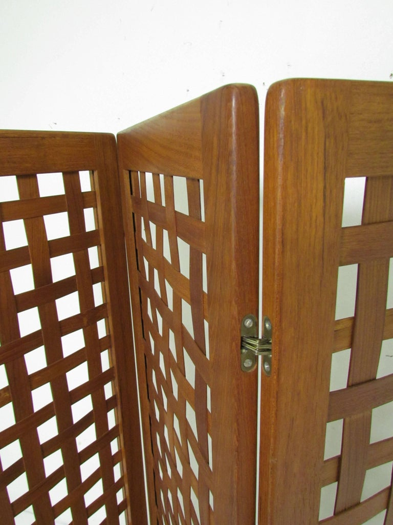 Late 20th Century Danish Modern Teak Three-Panel Room Divider Screen, circa 1970s For Sale