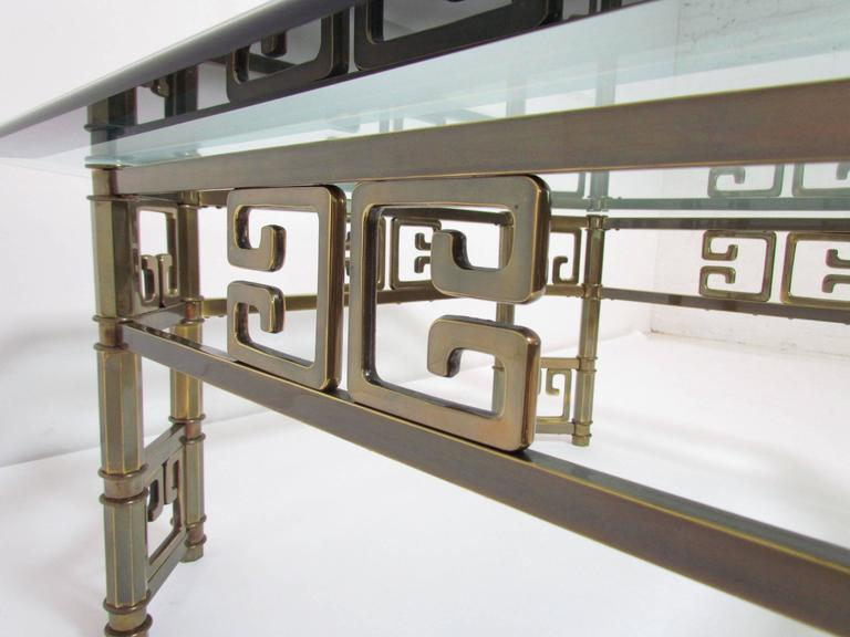 Mastercraft Coffee Table in Brass with Greek Key Motif and Octagonal Glass Top For Sale 1